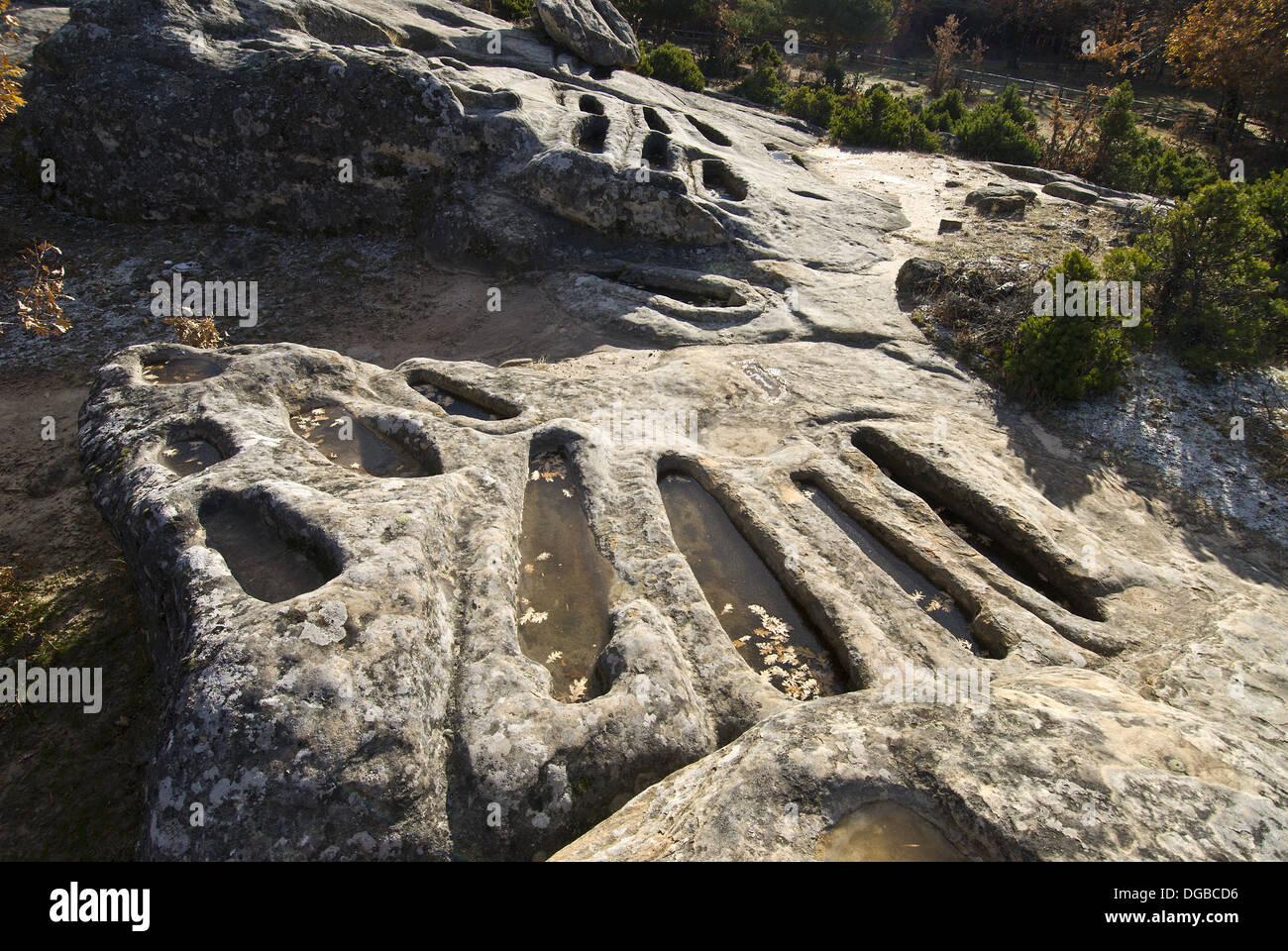 Cuyacabras High Middle Ages necropolis, Quintanar de la Sierra. Burgos province, Castilla-Leon, Spain - Stock Image