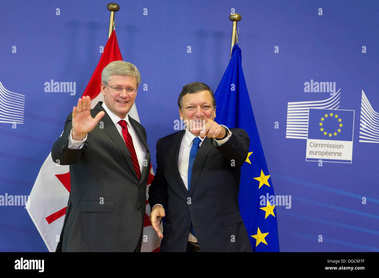 Stephen Harper Prime Minister canada visit europe - Stock Image