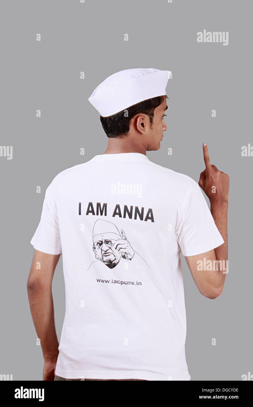 Anna Hazare supporter, teenager supporting a cause, fight corruption - Stock Image