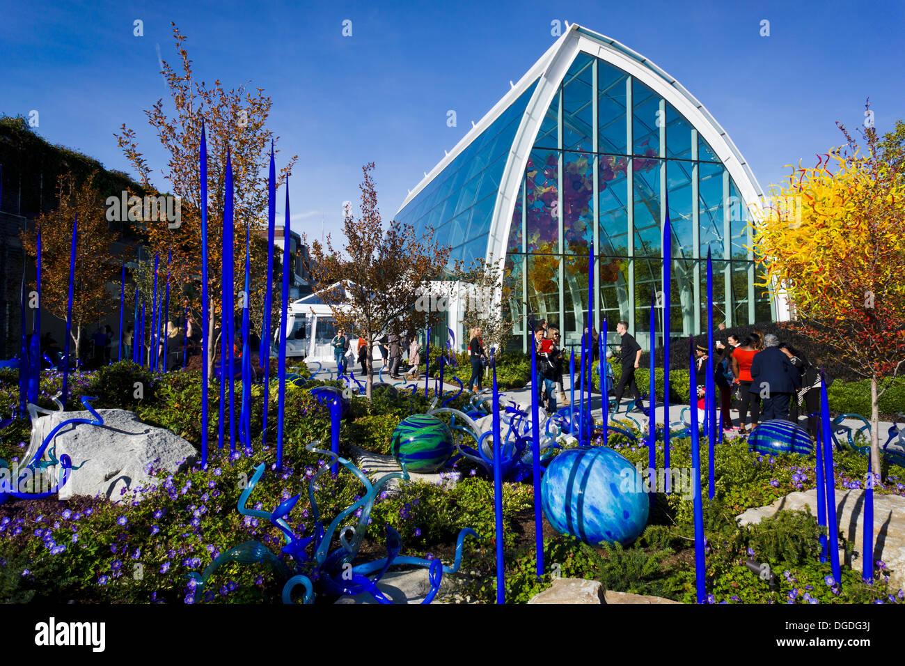 chihuly garden and glass museum showcasing the studio glass of dale chihuly seattle - Glass Garden Seattle