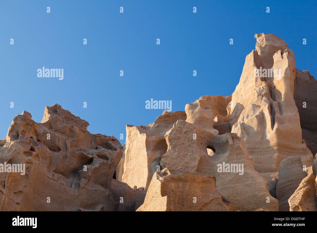 Vlychada Beach in Santorini, Greece with its spectacular pumice cliffs. - Stock Image