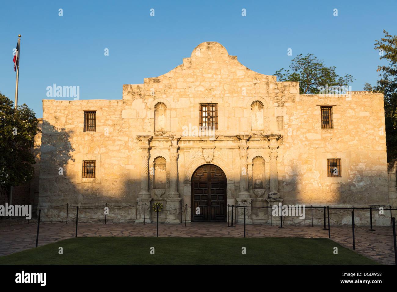The Alamo on a sunny day San Antonio Texas USA - Stock Image