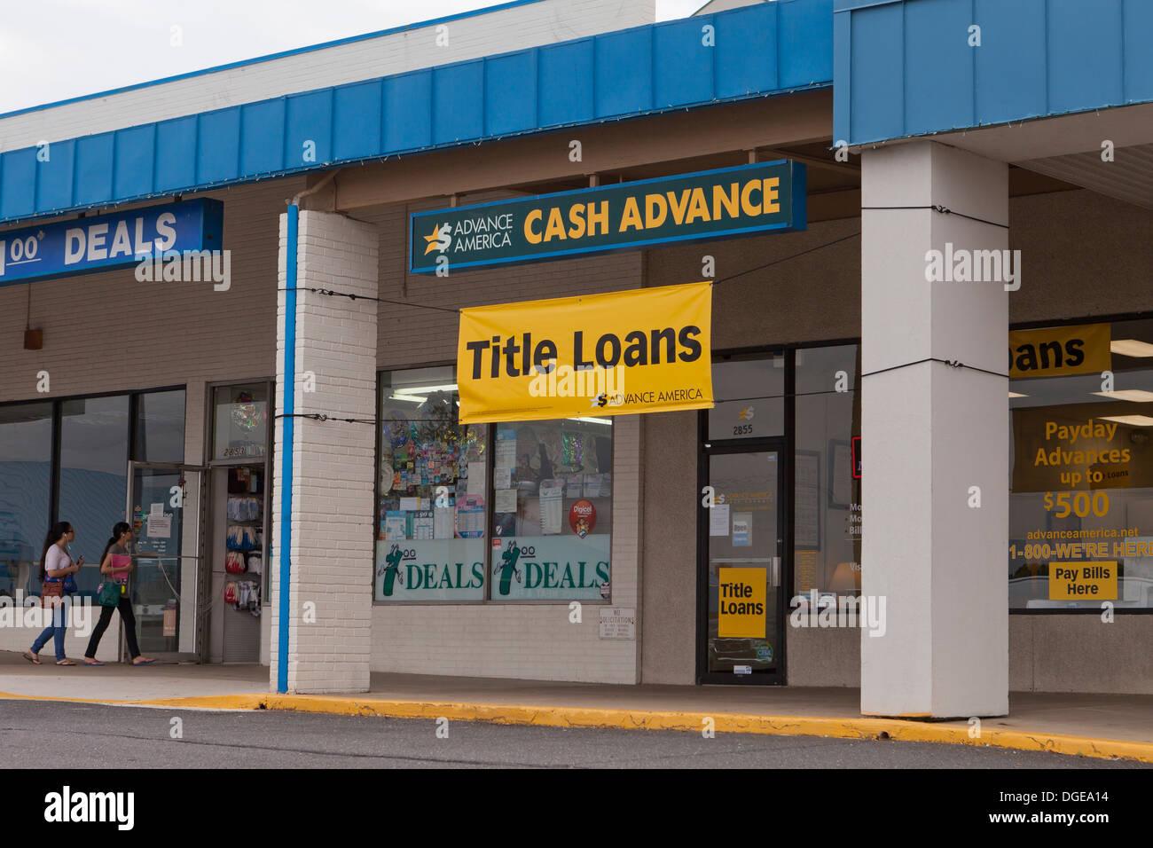 Advance America cash advance title loans storefront - Stock Image