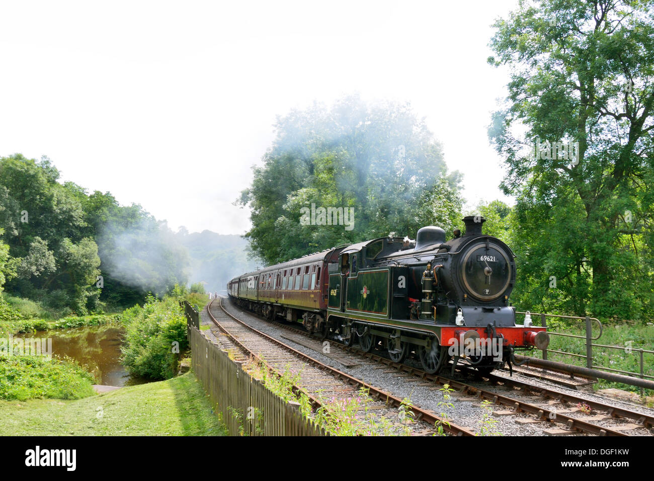 Steam Train leaving Consall Station - Churnet Valley Railway - Stock Image