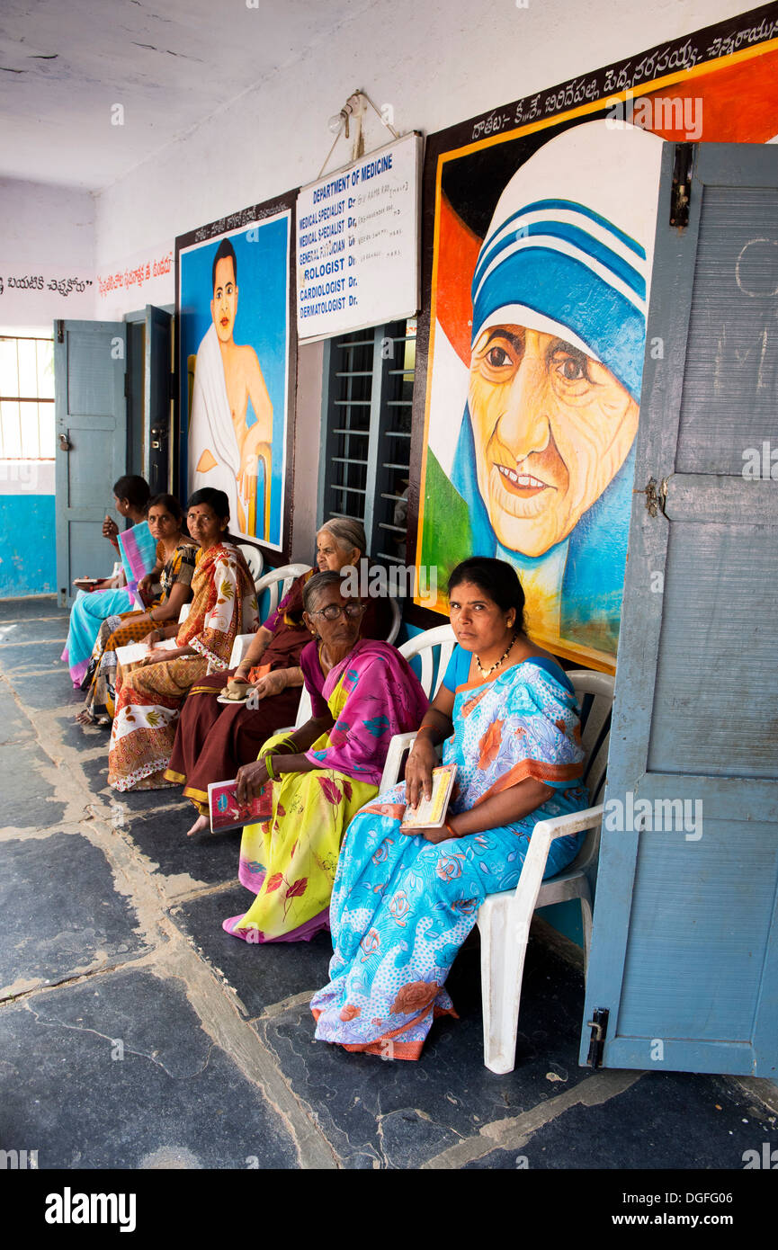 Patients queuing to see a doctor at the Sri Sathya Sai Baba mobile