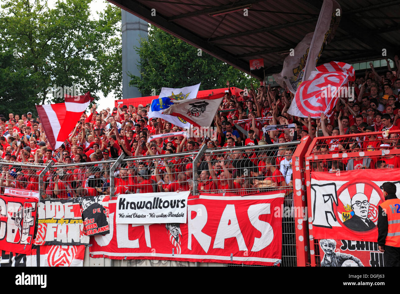 sports, football, Regional League West, 2013/2014, Rot Weiss Oberhausen versus Rot Weiss Essen 2:0, Stadium Niederrhein in Oberhausen, spectators, football fans of RW Essen, spurring on - Stock Image