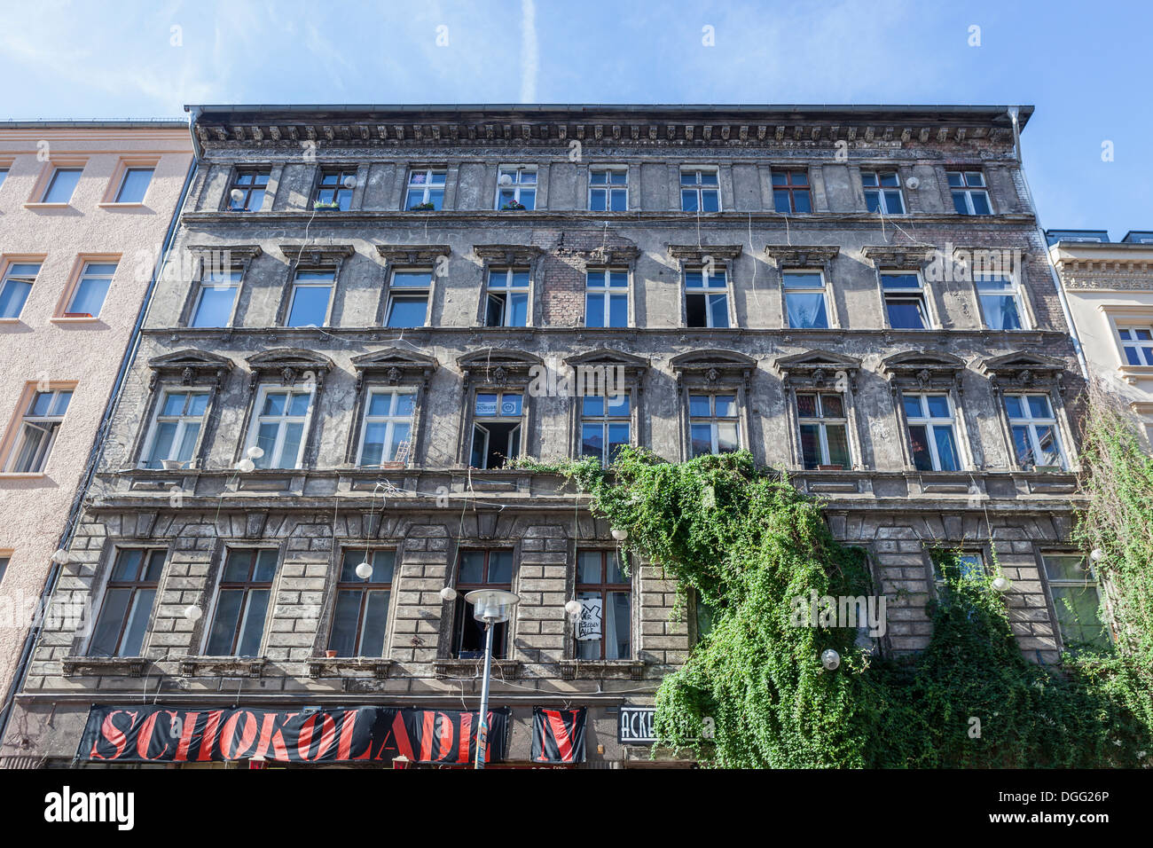 Old decrepit building home to Schokoladen with live music, bands, DJs and artists' studios in Ackerstrasse, Mitte, Stock Photo