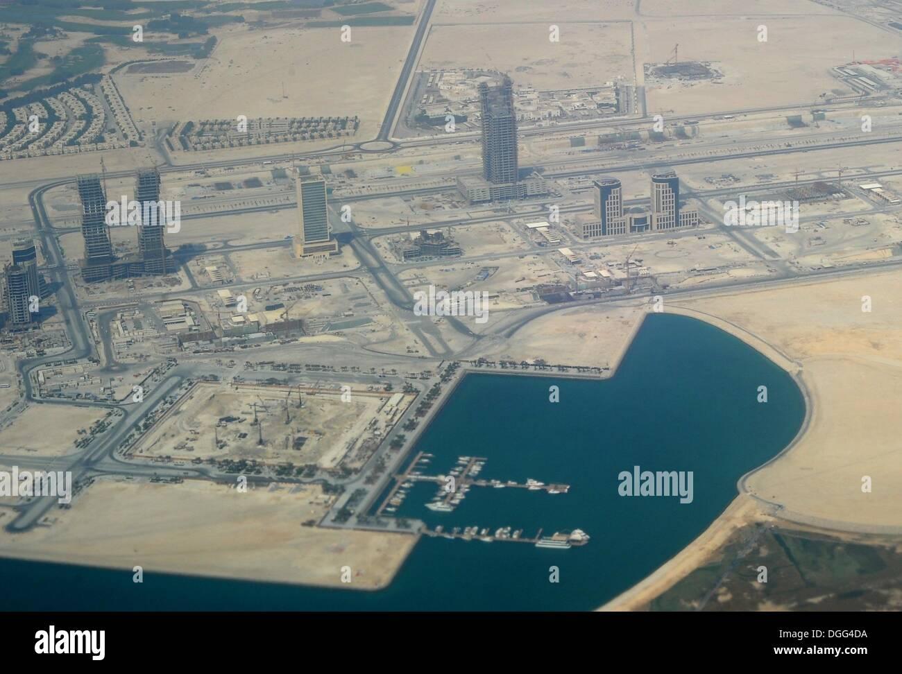 Doha, Qatar. 29th Aug, 2013. Aerial of the port of Doha, Qatar, 29 August 2013. Photo: Britta Pedersen/dpa/Alamy Live News - Stock Image