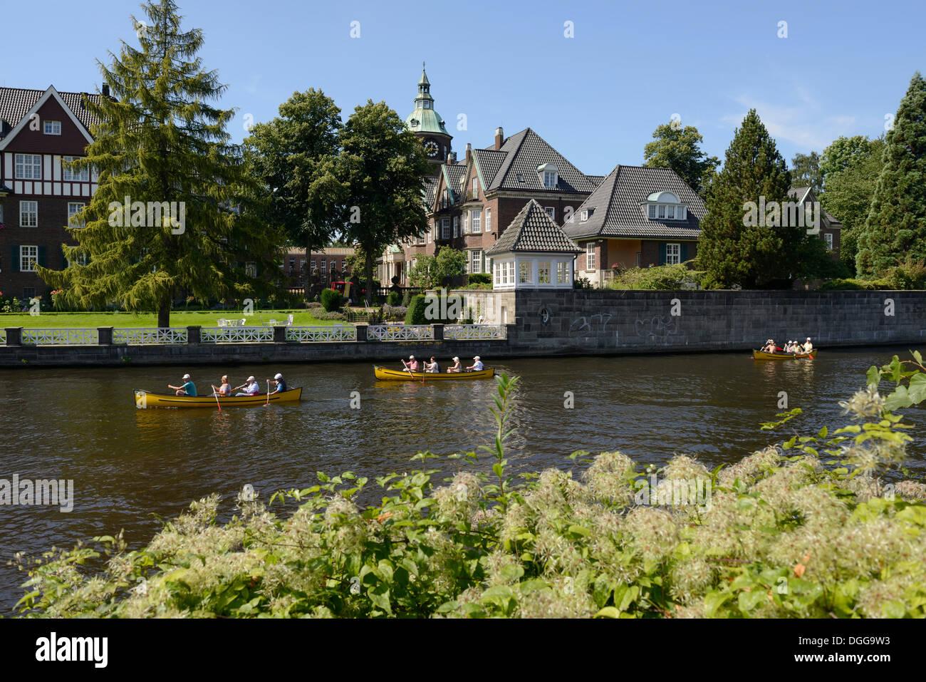 St. Johannis monastery, kayakers paddling on the Alster river, Leinpfad walkway, Hamburg, Hamburg, Germany Stock Photo