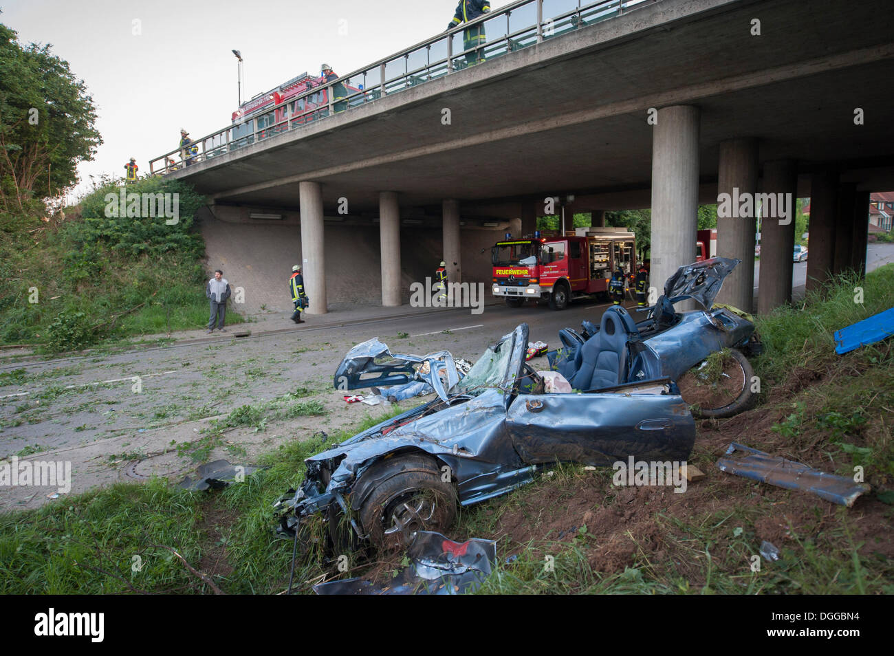 Fatal traffic accident on the B29, Honda driver broke through a guard rail, Grossheppach, Baden-Wuerttembergope - Stock Image