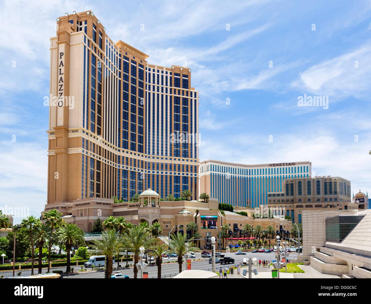 The Palazzo and Venetian hotels and casinos, Las Vegas Boulevard South (The Strip), Las Vegas, Nevada, USA - Stock Image