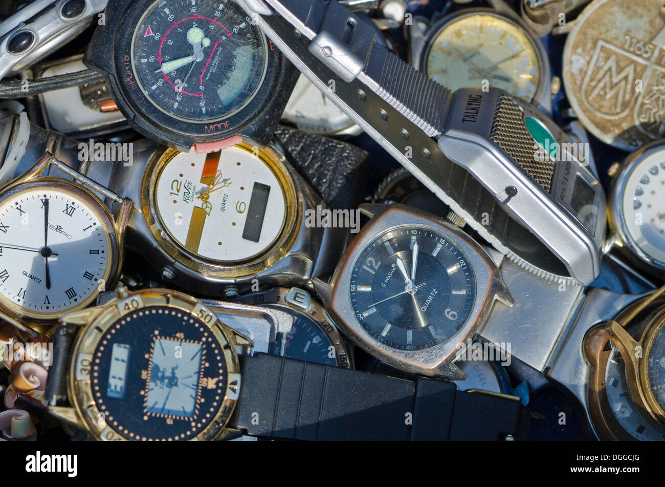 Old wristwatches for sale at the weekly flea market, Dresden, Saxony - Stock Image
