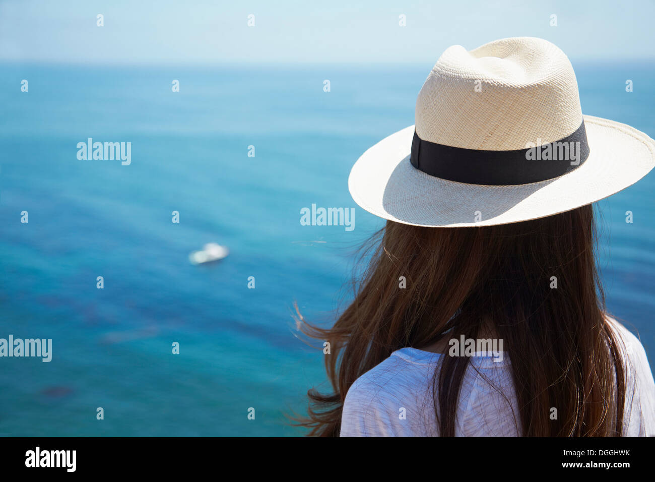 Young woman looking out to sea, Palos Verdes, California, USA Stock Photo