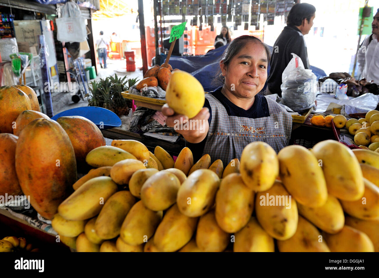Food Market Mexico Mango Stock Photos & Food Market Mexico Mango ...