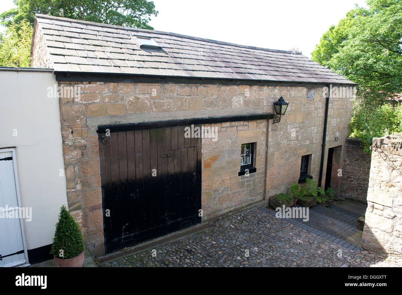 Old stables Stable coach house barn England - Stock Image