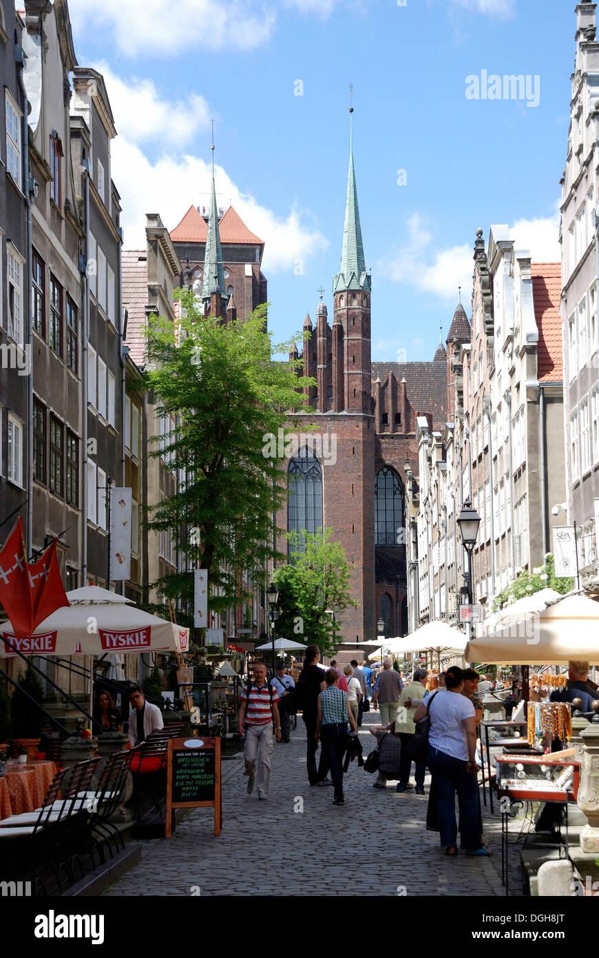 Mary's Street with views of the St. Mary's Church of Gdansk - Kosciol Mariacki. - Stock Image