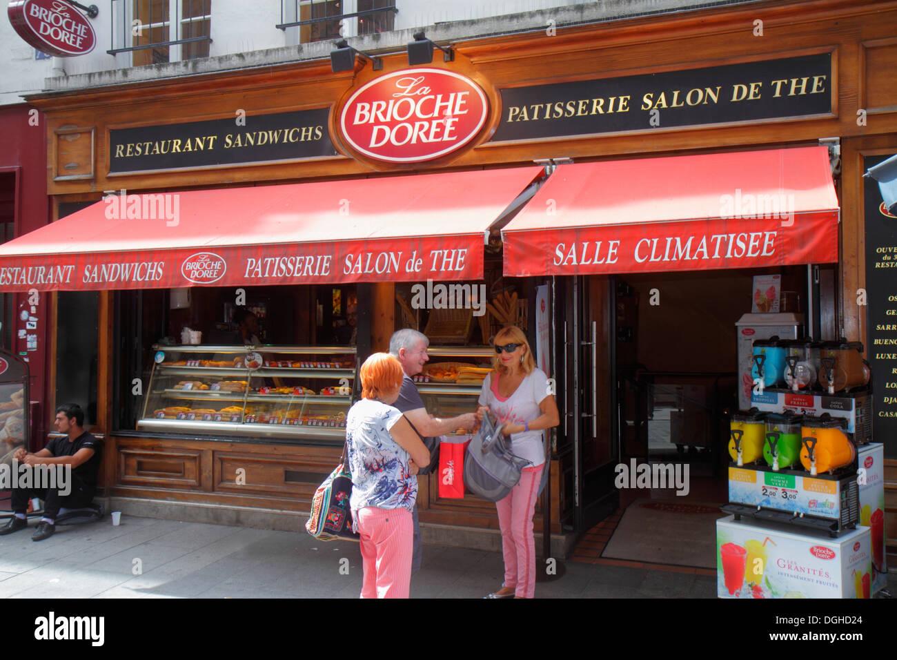 Paris France Europe French 9th arrondissement Rue de Caumartin La Brioche Dorée patisserie restaurant sandwich shop bakery pastr - Stock Image