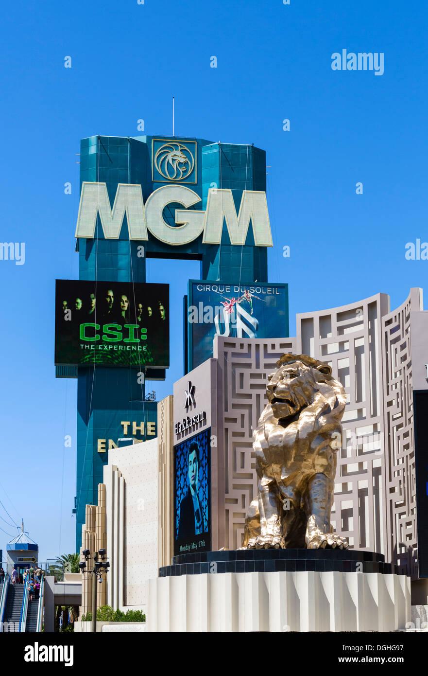 The Las Vegas Boulevard South (The Strip) entrance to the MGM Grand hotel and casino, Las Vegas, Nevada, USA - Stock Image