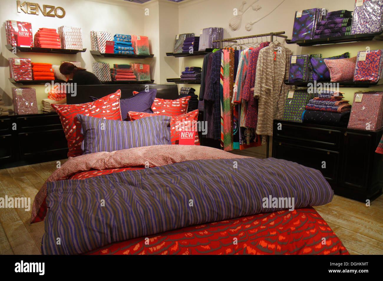 Paris France Europe French 9th arrondissement Boulevard Haussmann Au Printemps department store shopping fashion sale retail dis - Stock Image
