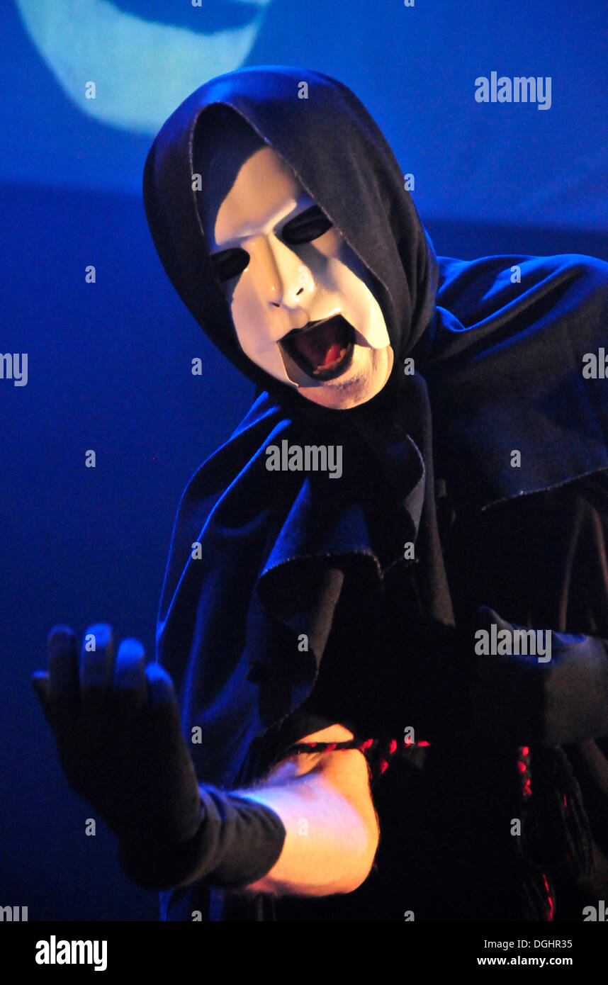 Peter Nicholls, frontman of the British rock band IQ, performing one of his theatrical performances in December 2009, O2-Academy - Stock Image
