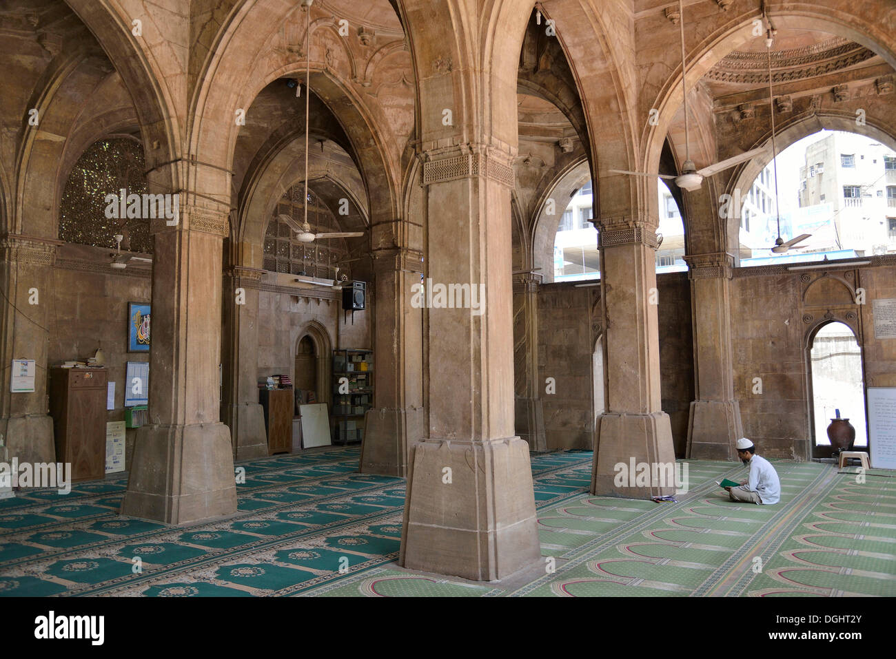 Prayer room of the Sidi Sayed Mosque, Ahmedabad, Gujarat, India - Stock Image