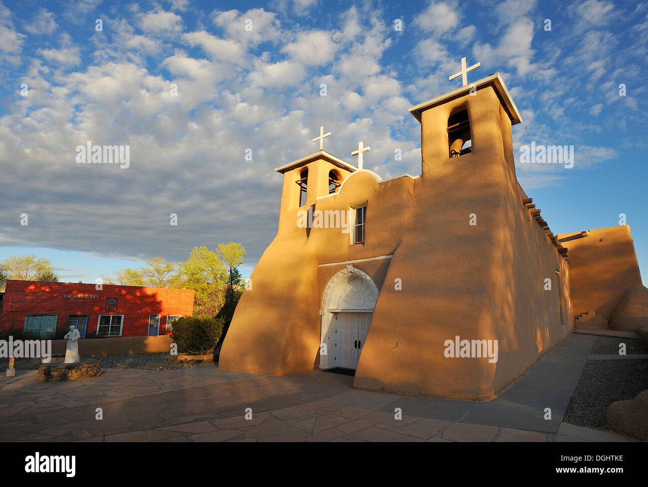 Adobe architecture, Church of St. Francis of Assisi, Ranchos de Taos, New Mexico, USA - Stock Image