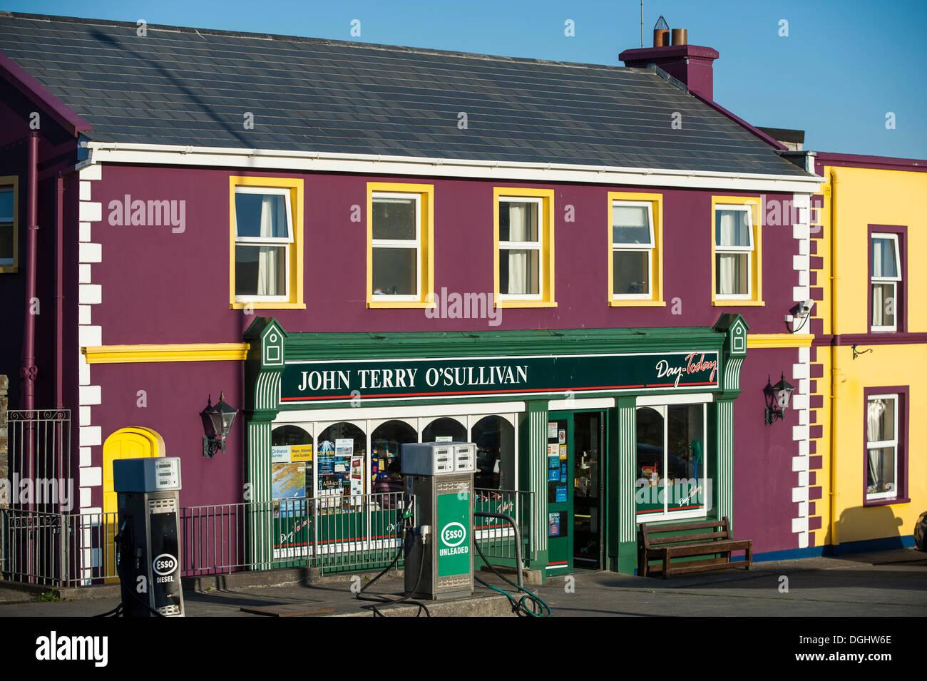 Petrol station, Allihies, Ring of Beara, Ireland, Europe - Stock Image