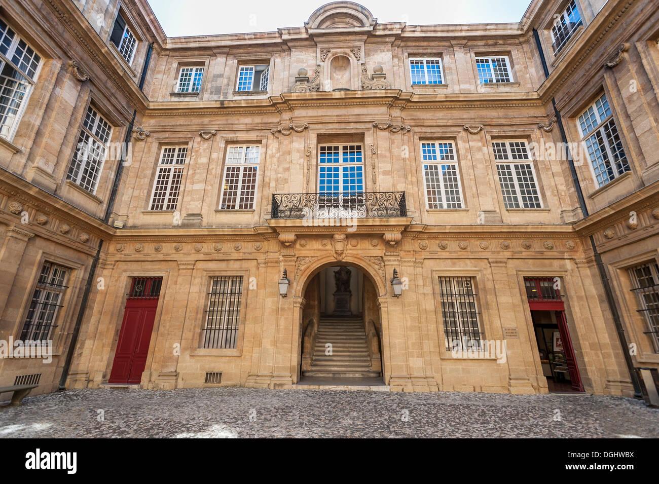 Hotel de Ville, Town Hall, Aix-en-Provence, Provence-Alpes-Côte d'Azur, France, Europe - Stock Image