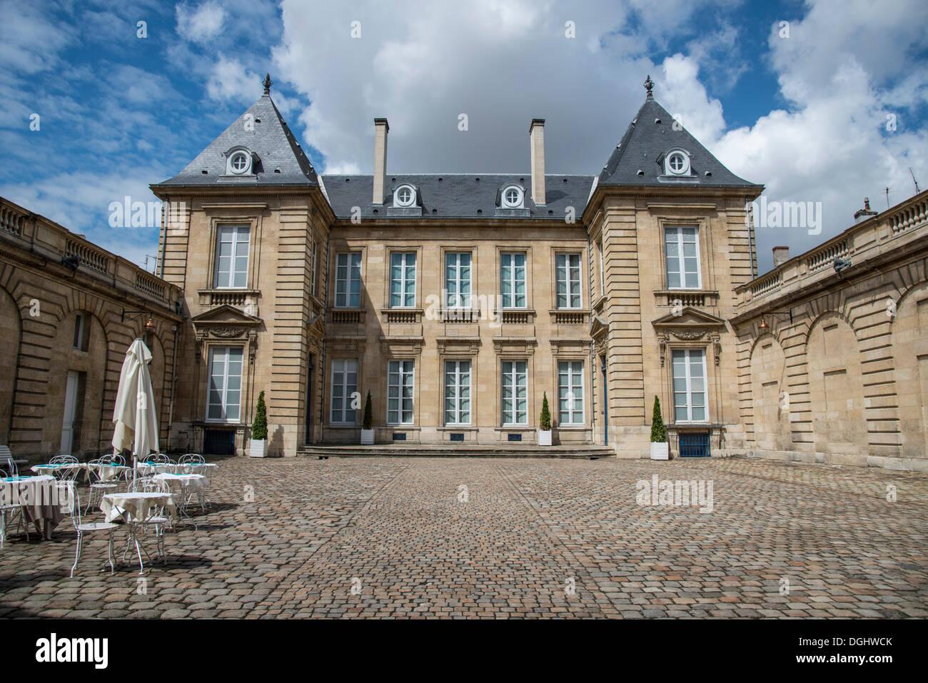 Musee des Arts Decoratifs, Bordeaux, Aquitaine, France, Europe - Stock Image
