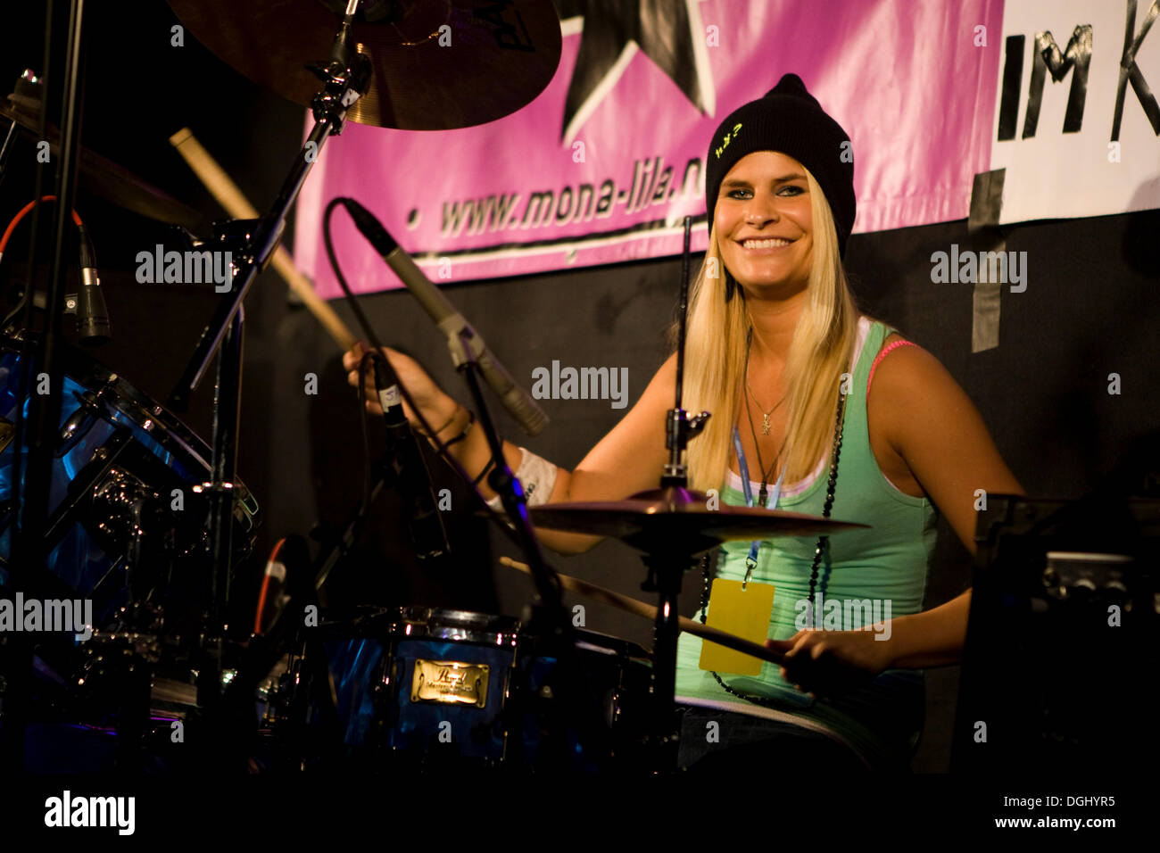 Jessica Ott, drummer of the Swiss women band Red Chicks live in the Knascht Club, Lucerne, Switzerland - Stock Image