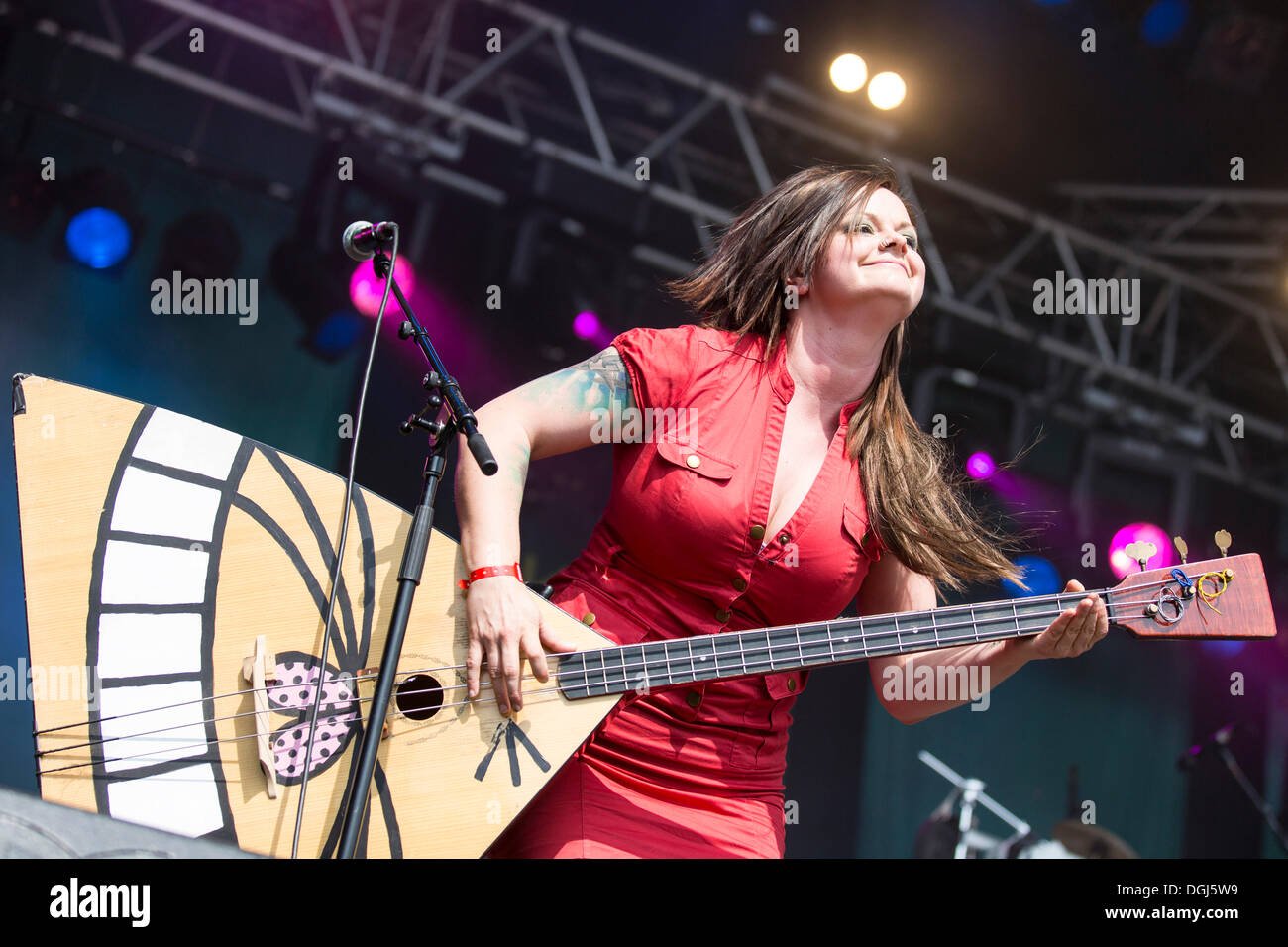 Marianne Sveen with a balalaika from the Norwegian girl band Katzenjammer performing live at Heitere Open Air in Zofingen - Stock Image