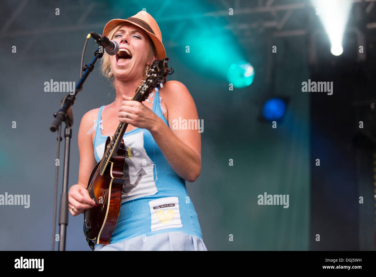 Turid Jørgensen with a mandolin from the Norwegian girl band Katzenjammer performing live at Heitere Open Air in Stock Photo