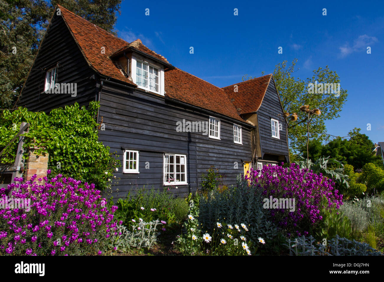 Clapboard or weatherboard house at Maldon in Essex. - Stock Image
