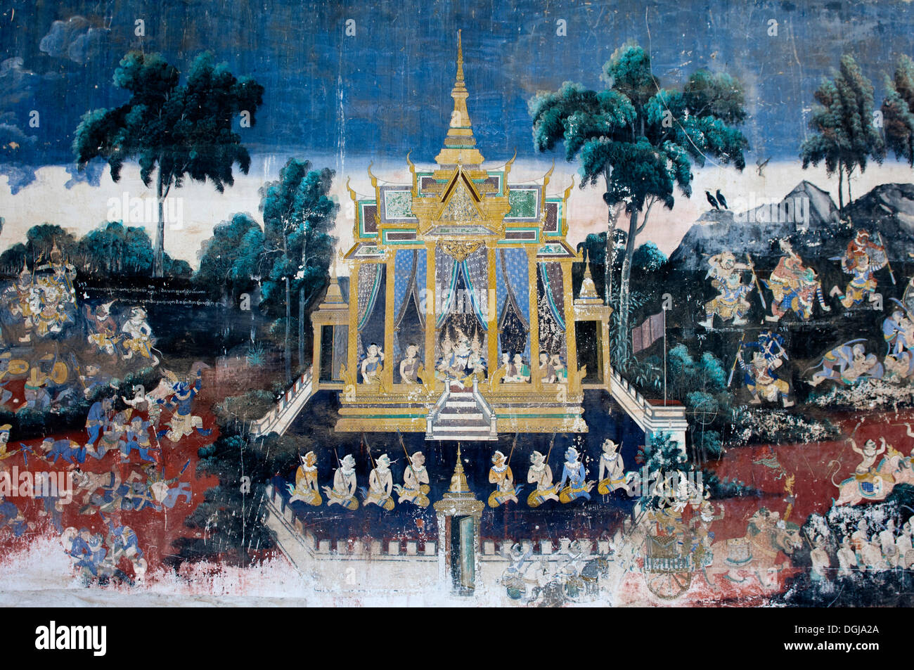 Mural depicting scenes from the Khmer version or Reamker version of the classic Indian Ramayana epos in the covered gallery of - Stock Image