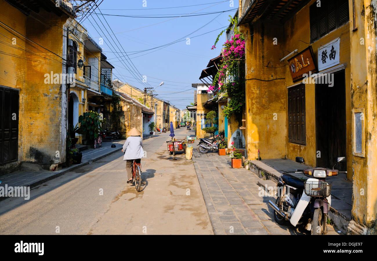 Street scene, Hoi An, Vietnam, Southeast Asia - Stock Image