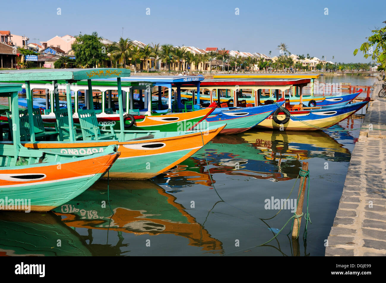 Traditional boats on the Song Thu Bon river, Hoi An, Vietnam, Southeast Asia - Stock Image