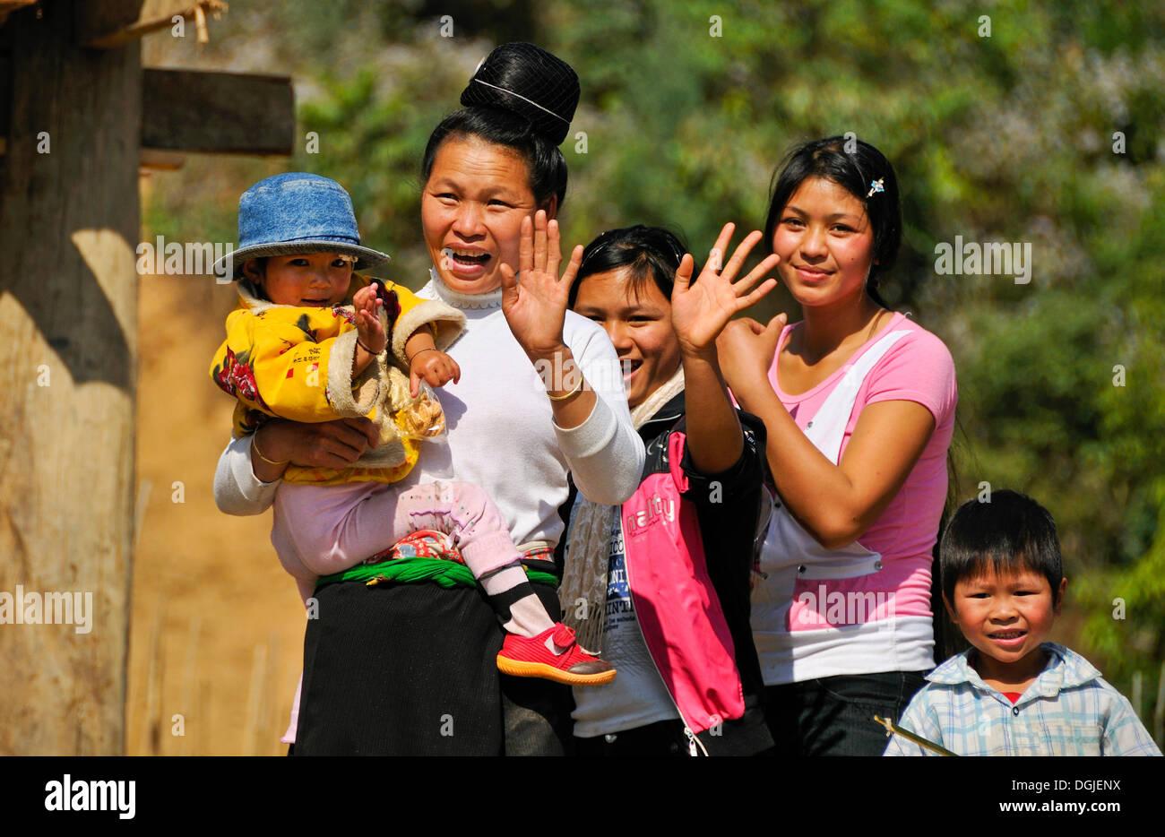 Family, ethnic minority, Mai Chau Valley, Vietnam, Asia - Stock Image