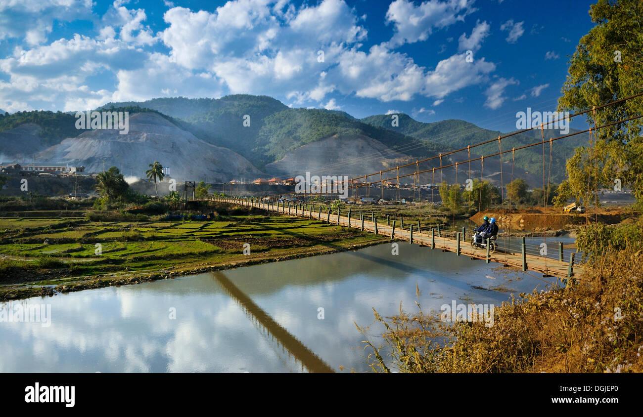 Suspension bridge in the Mai Chau Valley, Vietnam, Asia - Stock Image