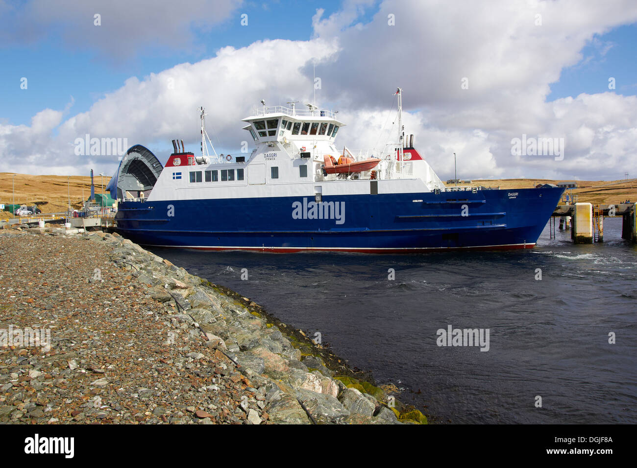 Inter island ro ro car ferry. - Stock Image