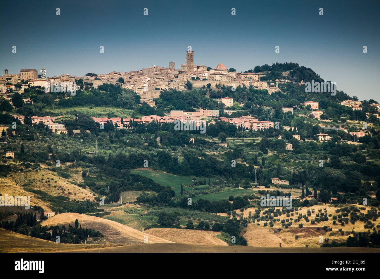 Distant view of Volterra town, Tuscany, Italy - Stock Image