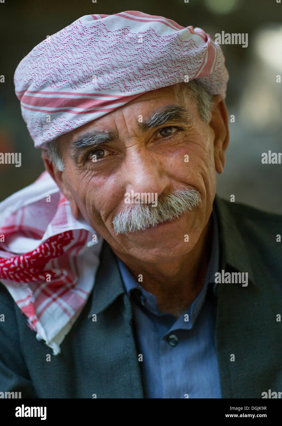 Yazidi Man In The Temple City Of Lalesh, Kurdistan, Iraq - Stock Image