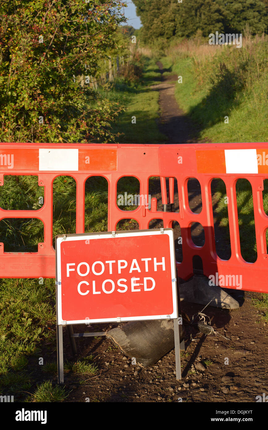footpath closed sign and barriers near Leeds Yorkshire United Kingdom - Stock Image
