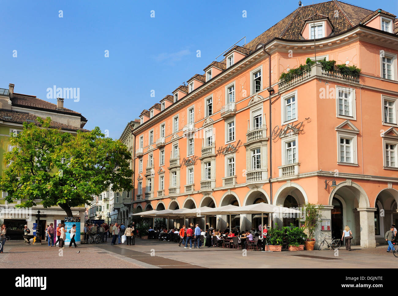 Hotel Citta on the Piazza Walther, Bolzano, South Tyrol, Tyrol, Italy, Europe - Stock Image