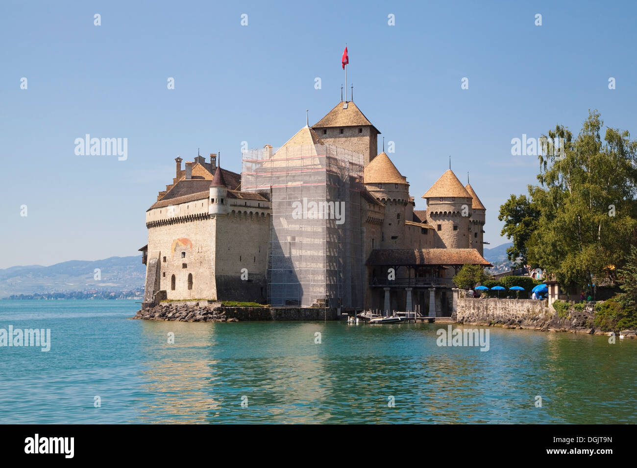 Chillon Castle on the shore of the Lake Leman in Switzerland. - Stock Image