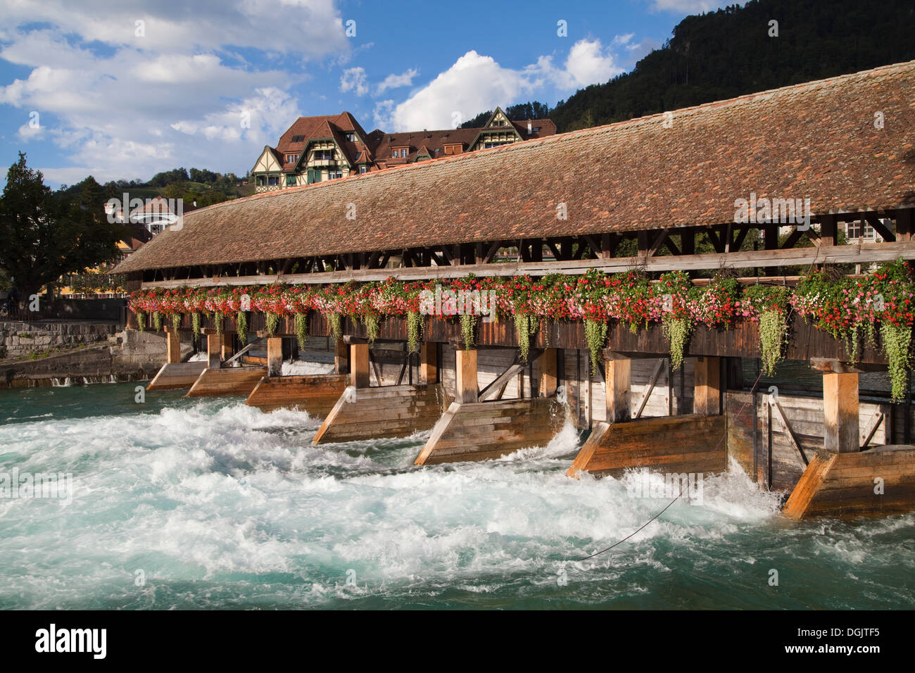 Upper Sluice between Lake Thun and river Aare in Thun, Switzerland. - Stock Image