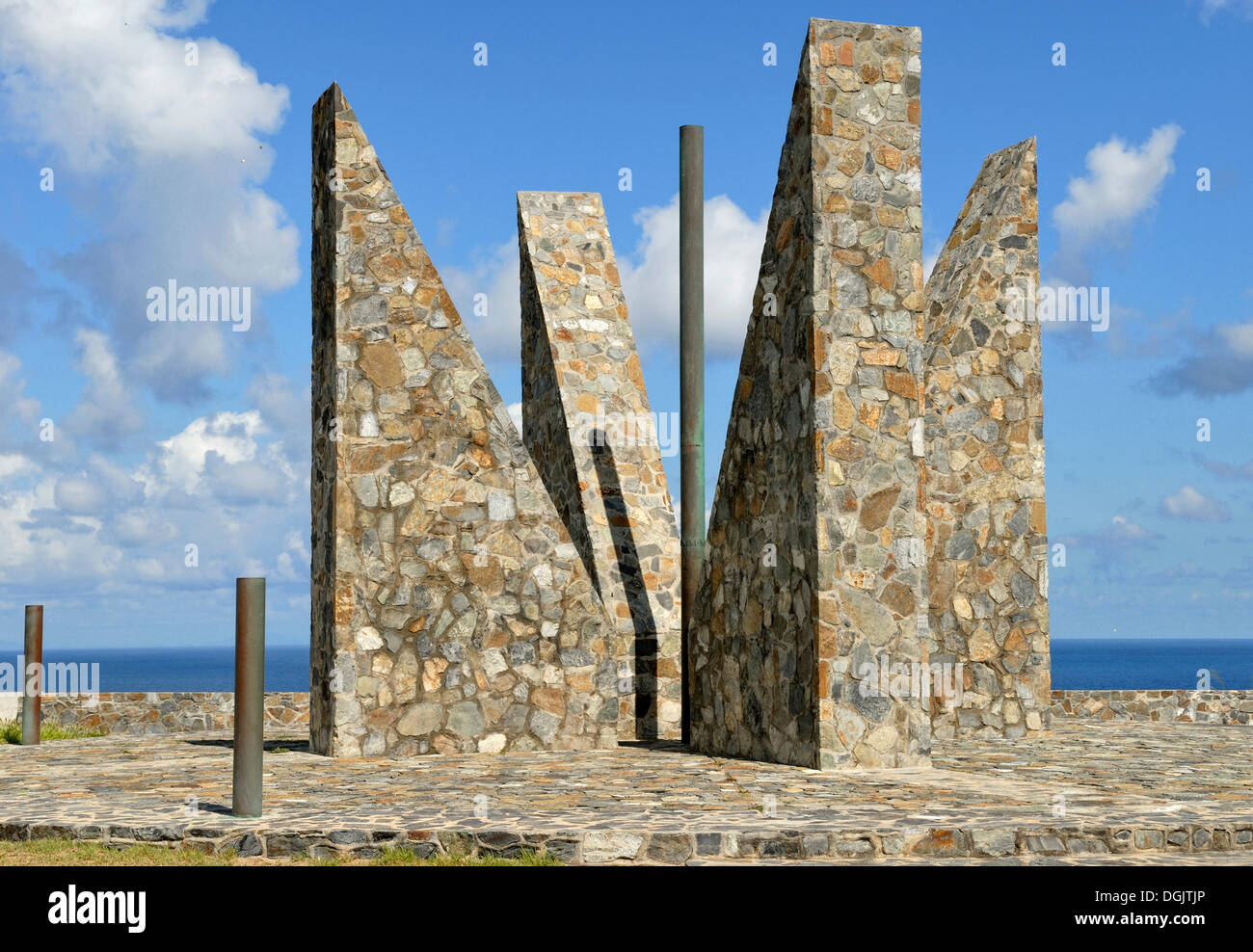 Millennium Monument, oriented after the sun, symbolising the Latin number MM, 2000, Point Udall, at the easternmost point of the - Stock Image