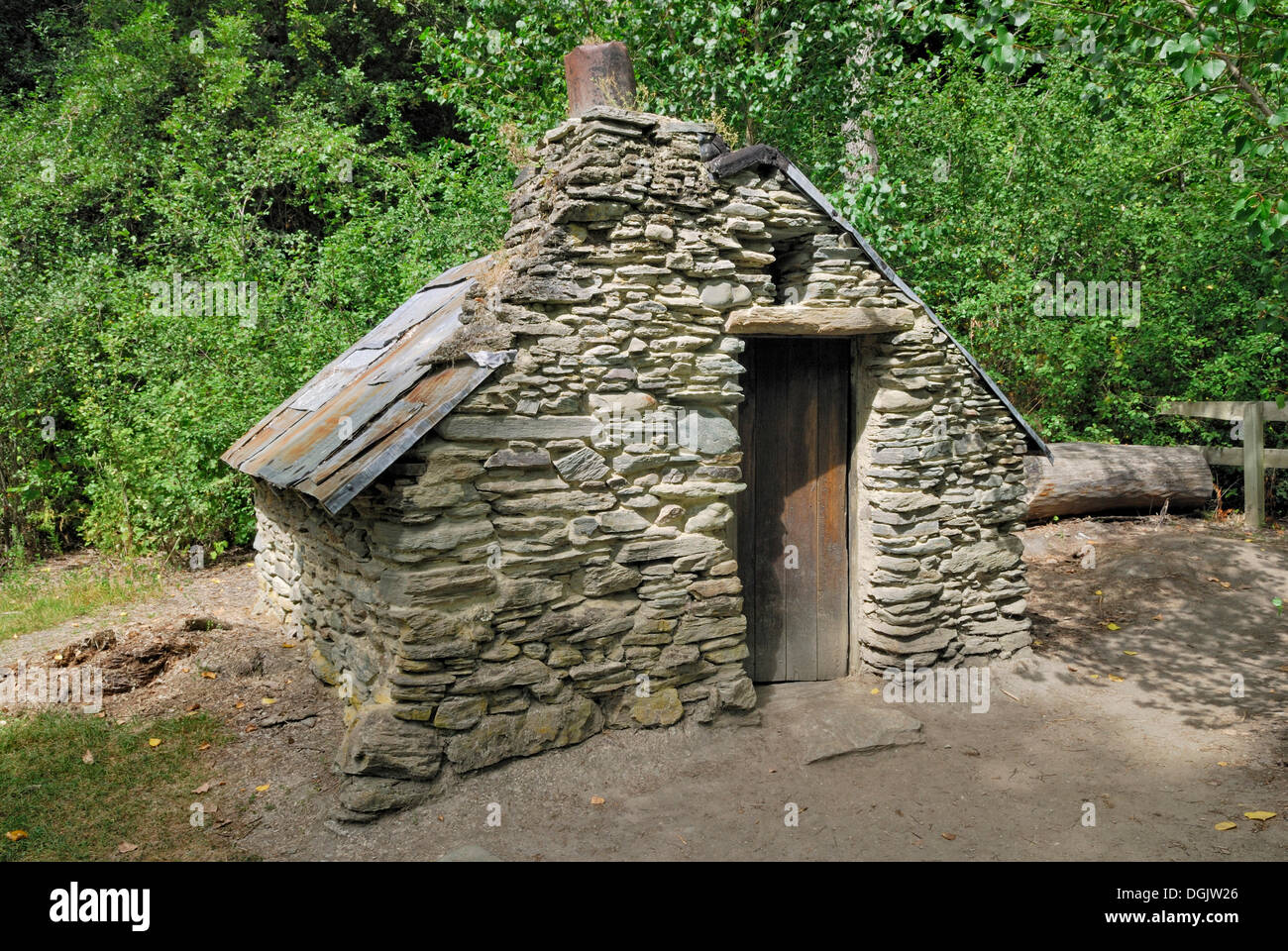 Gold Digger S Hut Historic Chinese Settlement Arrowtown South