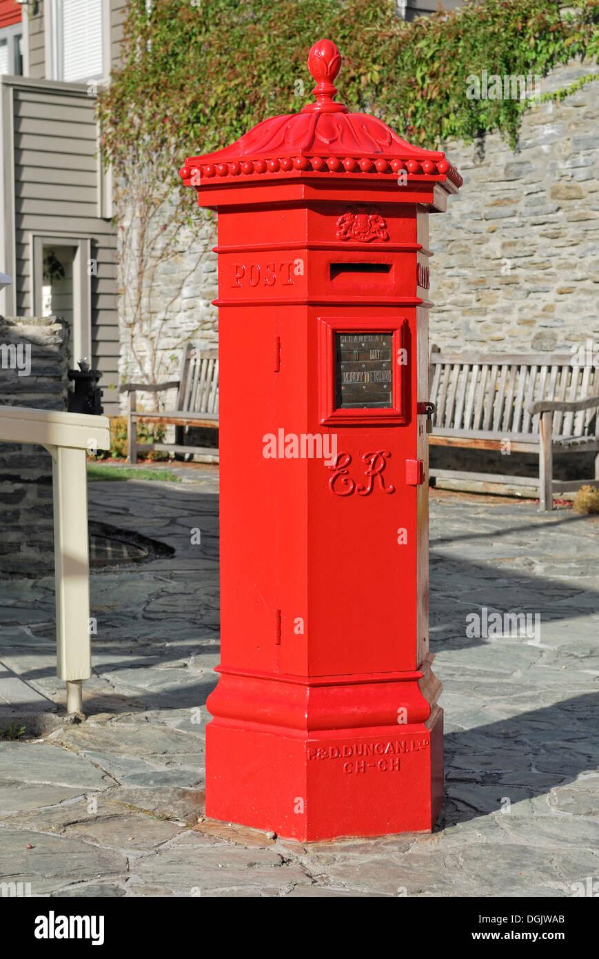 Historic letter box, Buckingham Street, Arrowtown, South Island, New Zealand - Stock Image