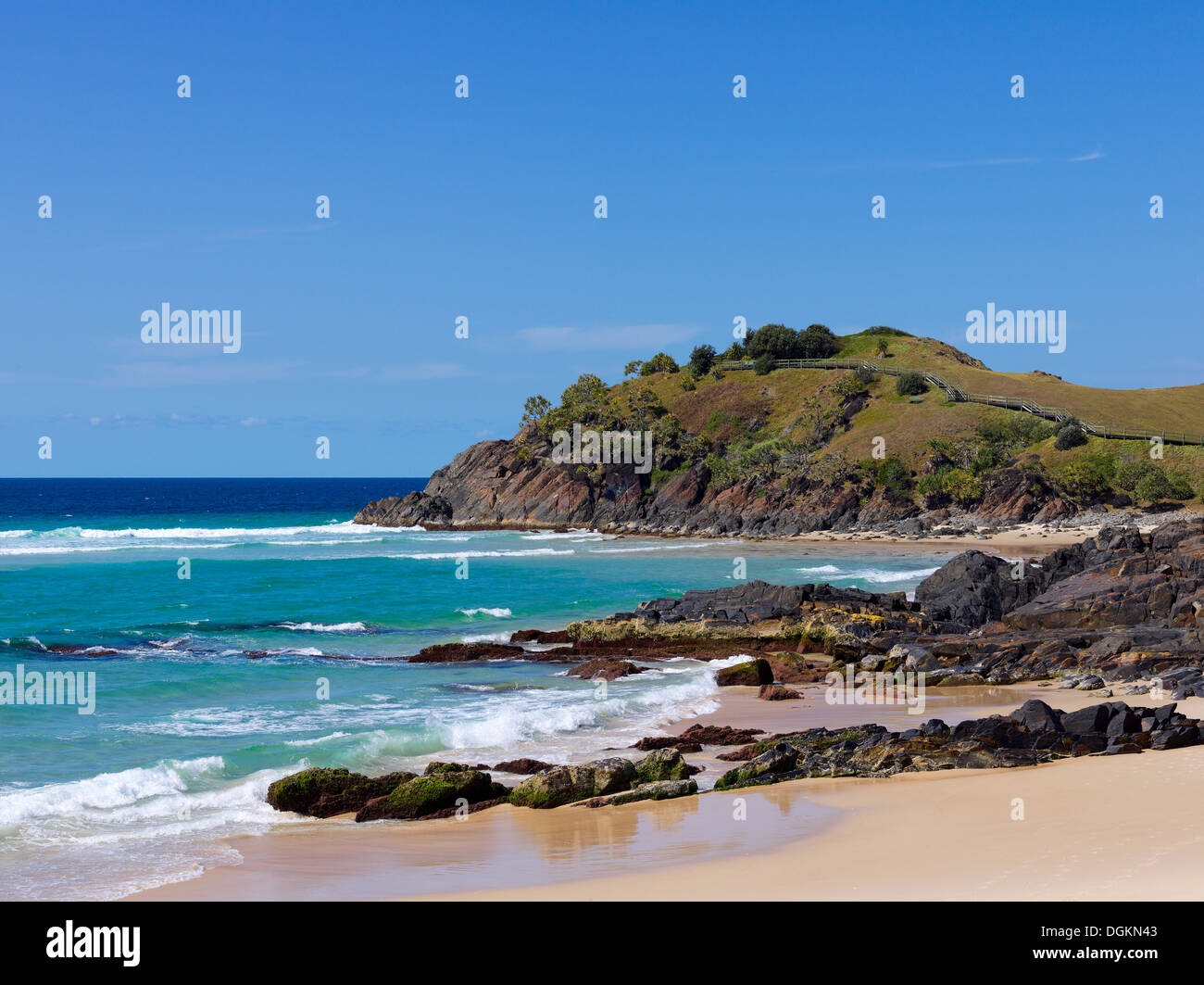 Rocky beach on the Northern NSW coastline. Coral Sea in the background. - Stock Image