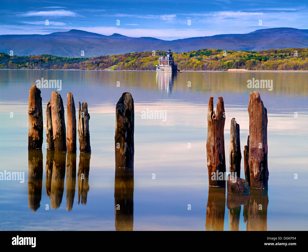 A view across the Hudson River during autumn. - Stock Image